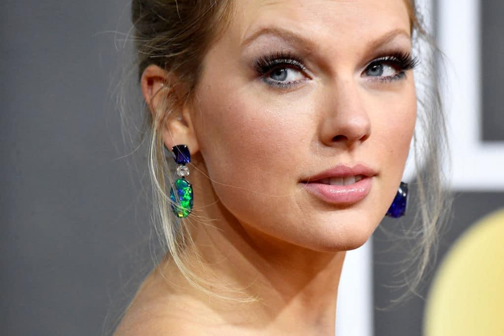 "Taylor Swift kritisiert Netflix-Serie ""Ginny & Georgia"" wegen sexistischem Witz"