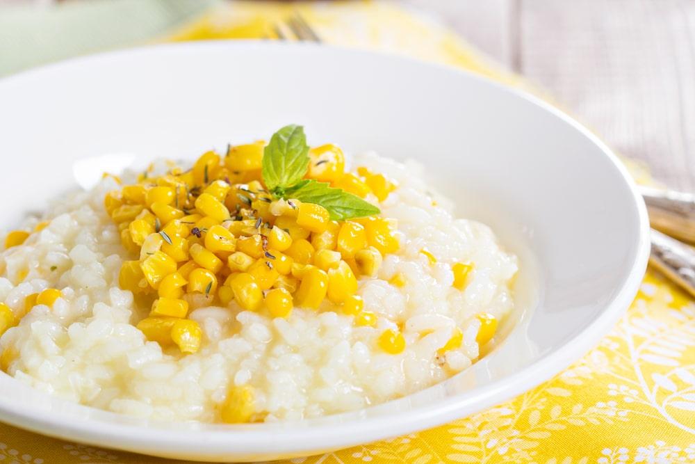 Risotto mit Mais und Basilikum Rezept
