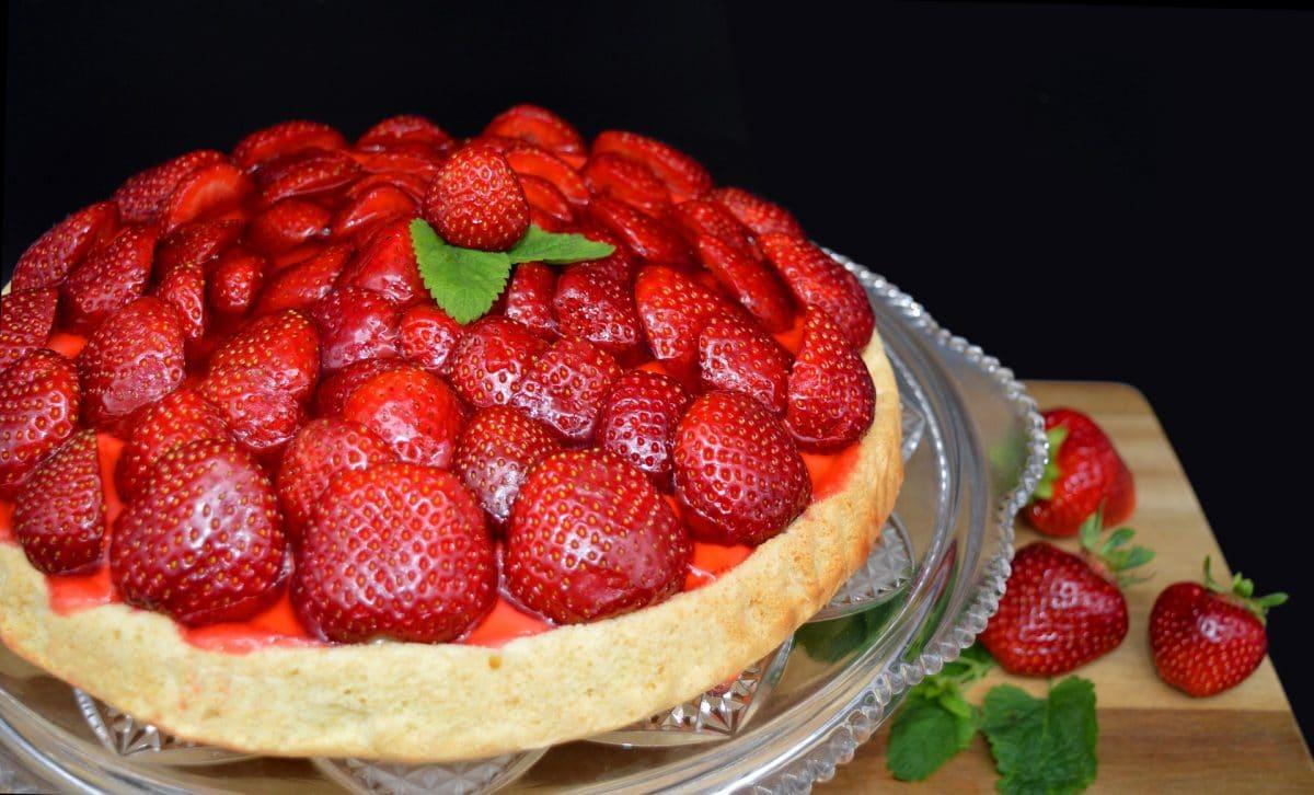 Klassische Erdbeertarte