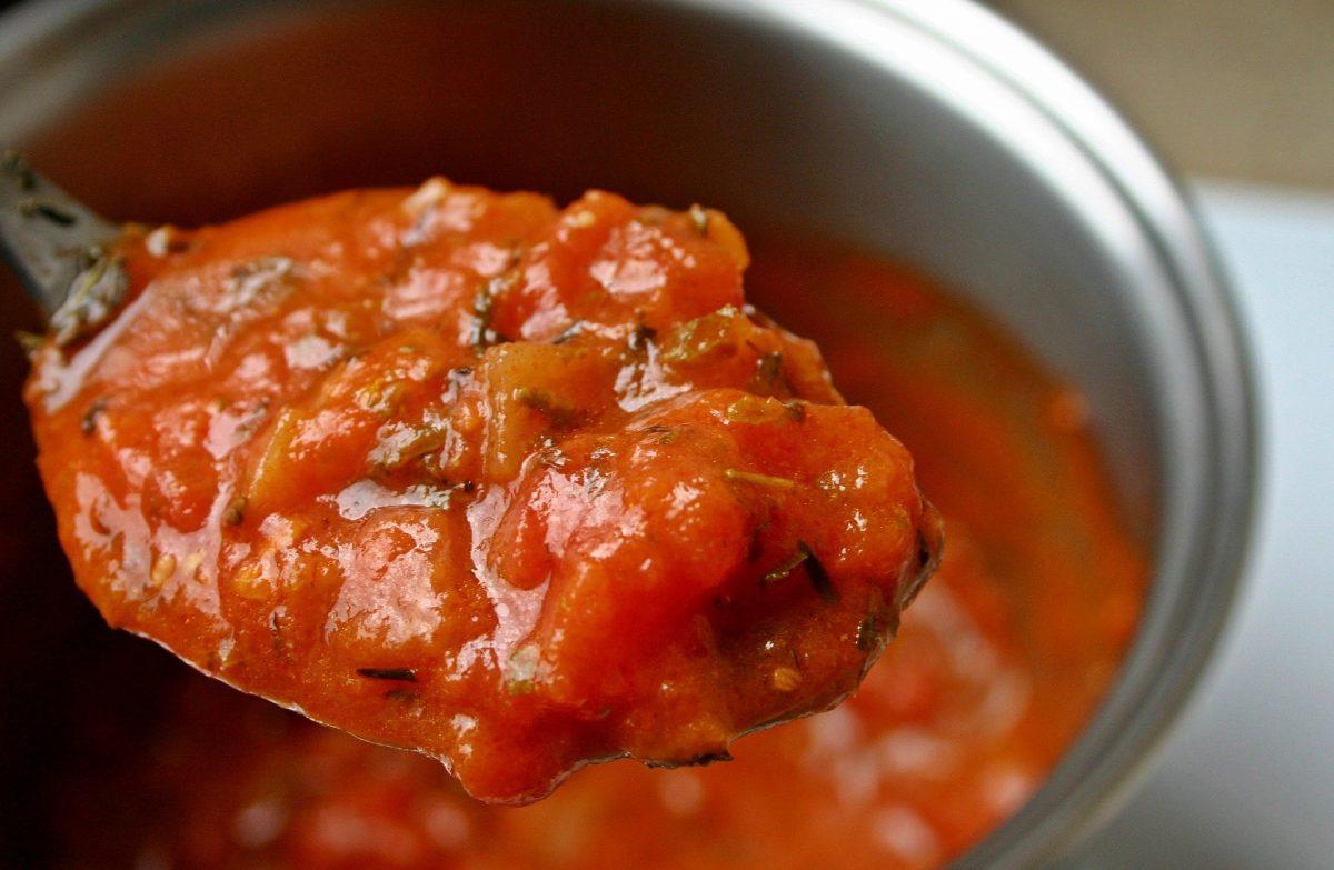 Speck-Tomaten-Sugo Rezept