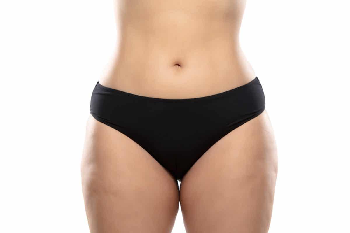 Deswegen haben Frauen oft helle Flecken in der Unterhose