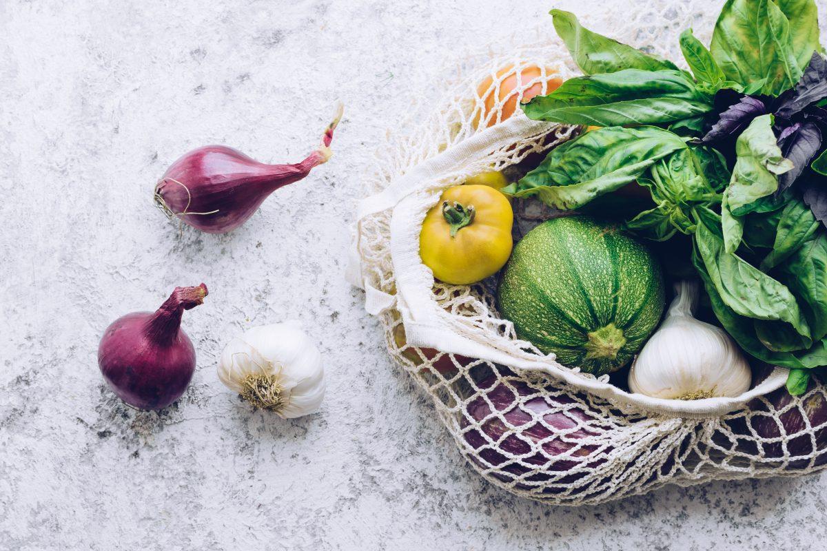 Forscherinnen aus Portugal entwickeln essbare Gemüseverpackung