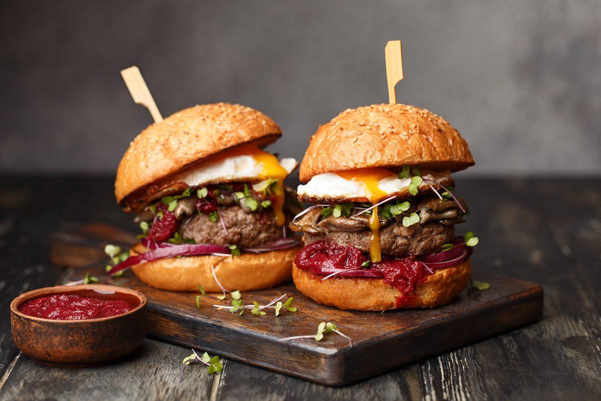 Wiener Restaurant verschenkt Burger bei Bestellung im Kärntner Dialekt