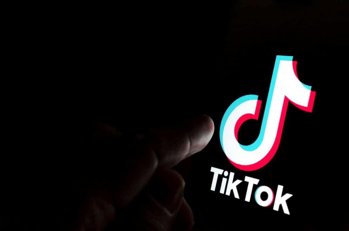 TikTok-User warnen Follower davor, die App am 24. April zu öffnen