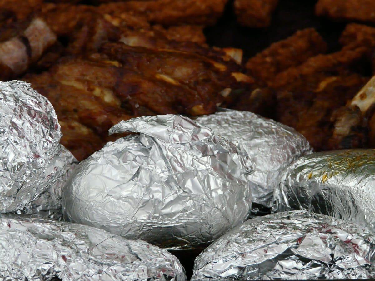 Ofenkartoffeln mit Lachs, Spinat und Schafskäse