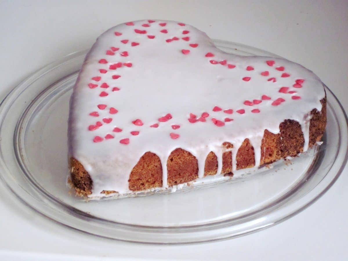 Muttertags-Torten-Herz Rezept