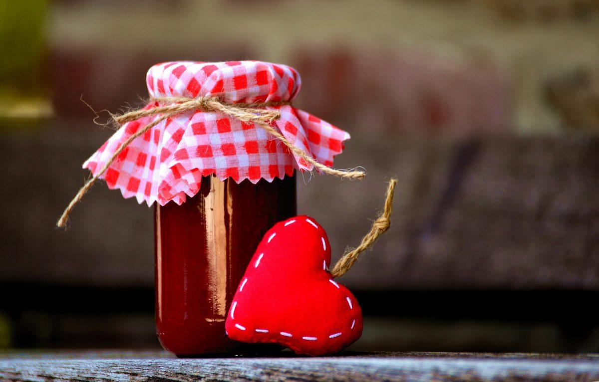 Weichsel-Marmelade aus der Mikrowelle