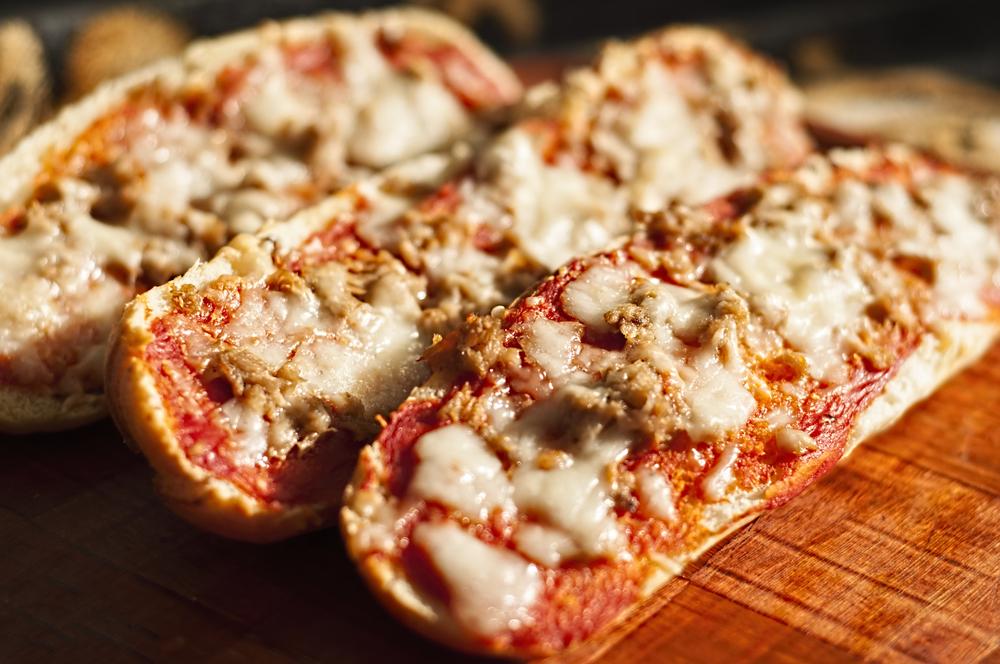 Thunfisch Mais Pizzabrötchen