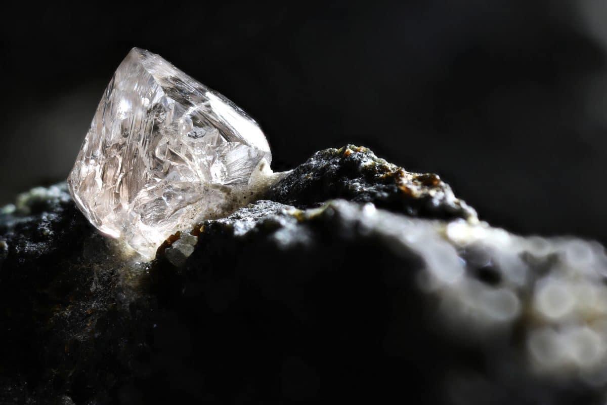Riesiger Diamant mit über 1000 Karat in Südafrika entdeckt