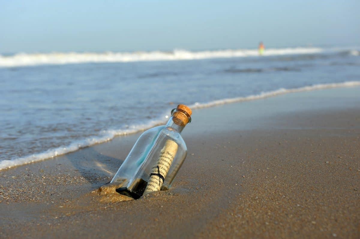 Flaschenpost aus dem Jahr 2018 überquerte Atlantik und legte fast 5.000 Kilometer zurück