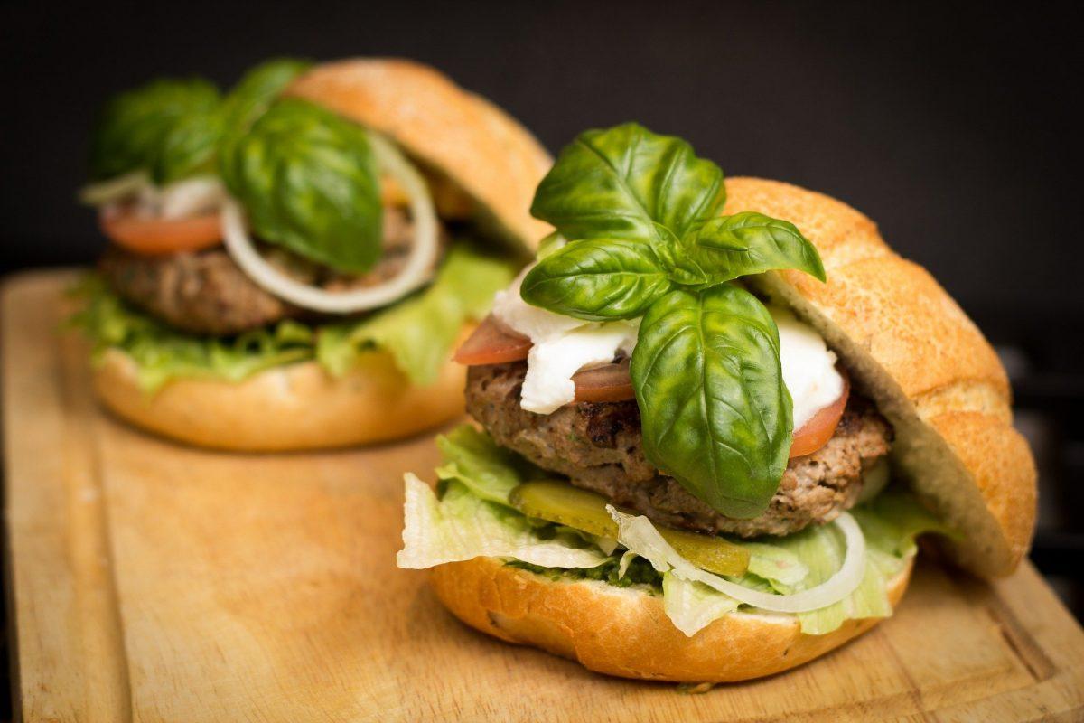 Truthahn-Gurken-Burger Rezept
