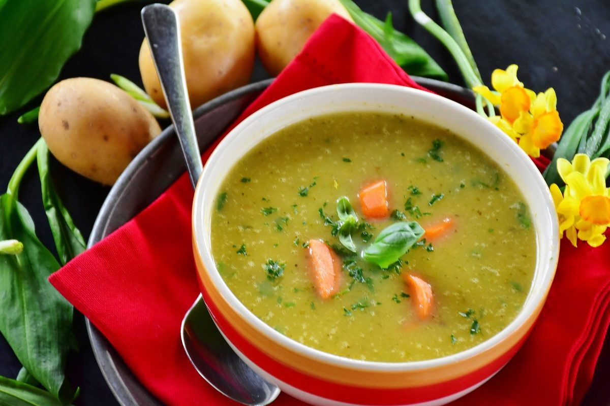 Karotten-Grieß-Suppe