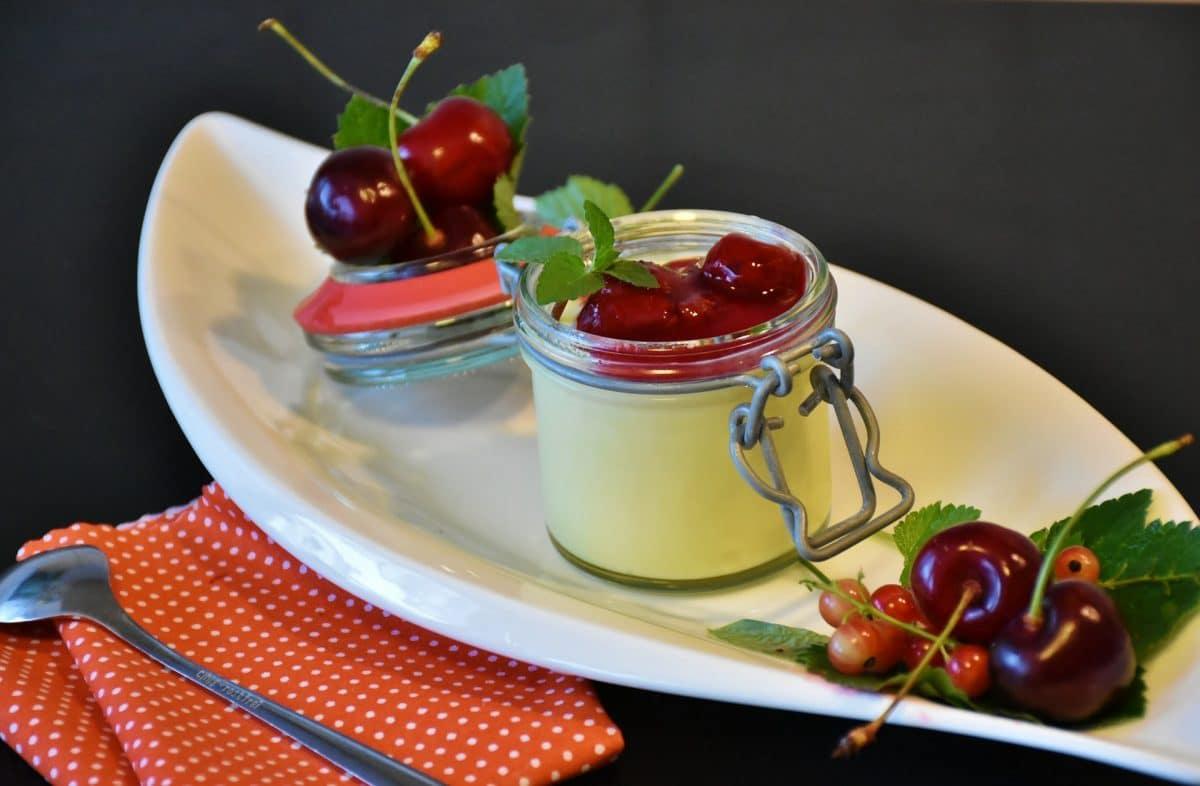 Kirsch-Vanille-Pudding nach Mamas Art