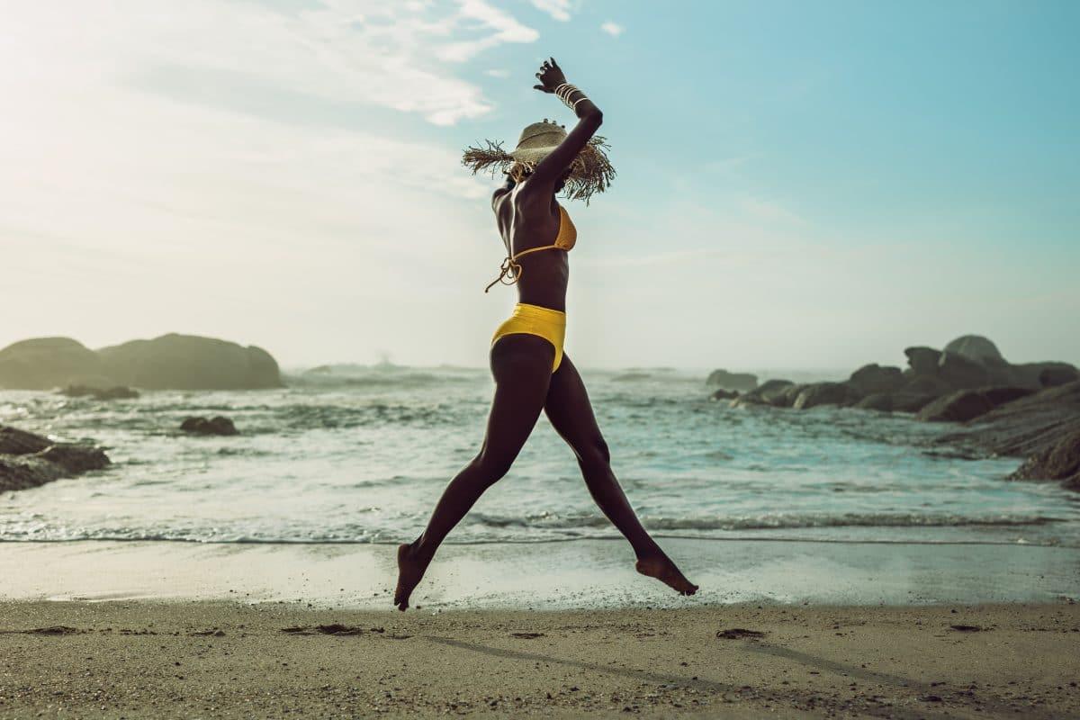 Beachwear: So setzt du den 2000er Trend in Szene