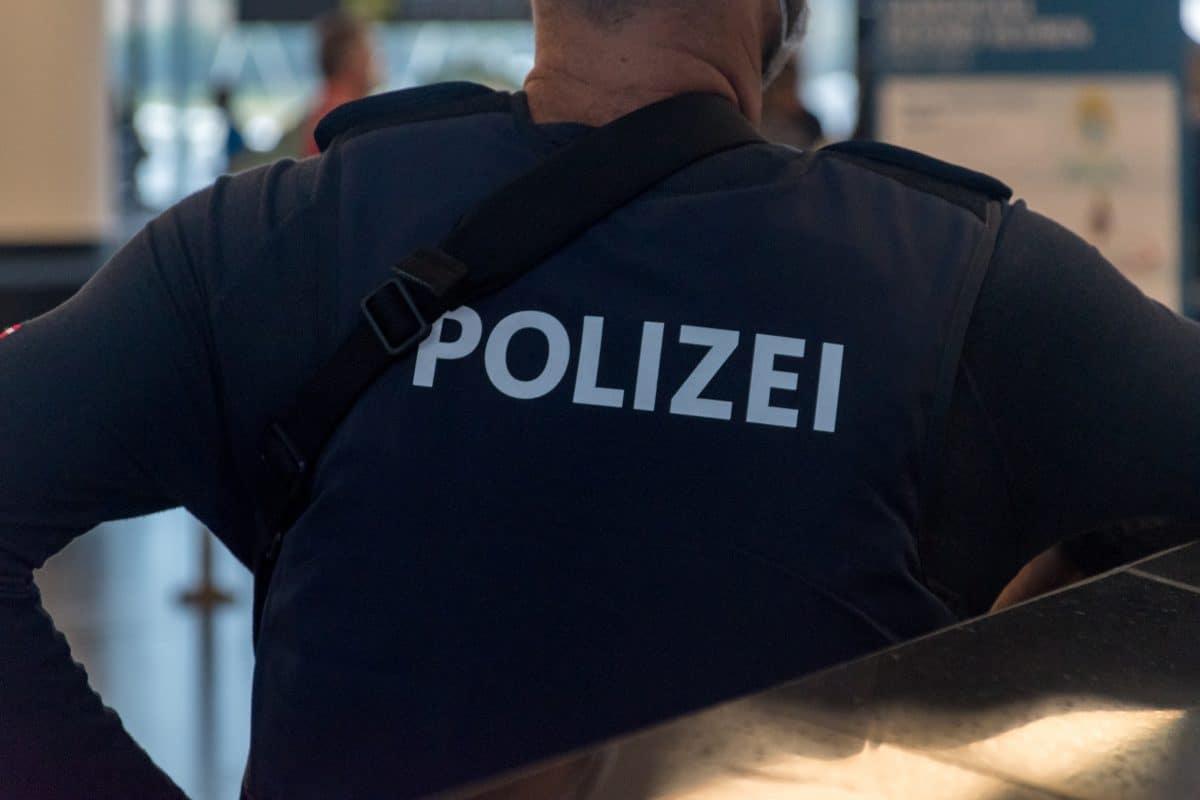 Frau bittet Polizei aus Angst vor Ehemann um Hilfe und muss selbst Strafe zahlen