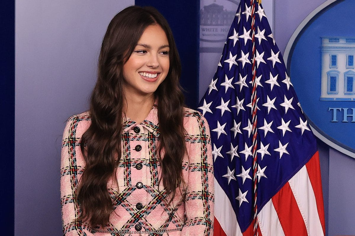 Olivia Rodrigo wirbt im Weißen Haus für Impfungen