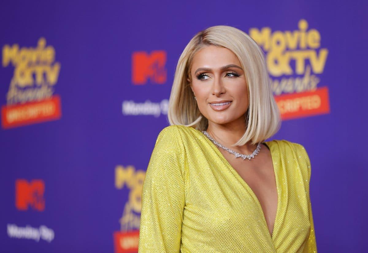 Paris Hilton äußert sich zu Schwangerschaftsgerüchten