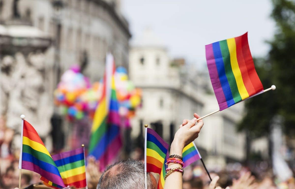 Georgien sagt Pride Parade in Tiflis nach gewaltsamen Ausschreitungen ab