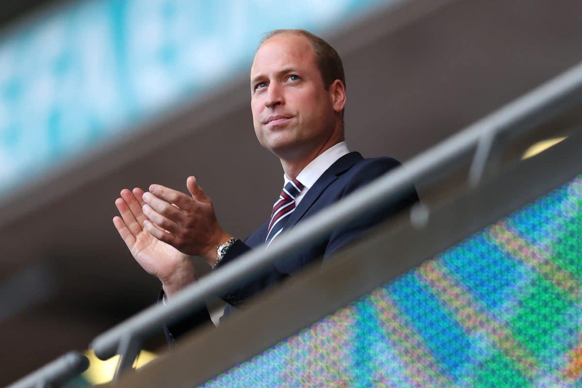 Prinz William erntet Shitstorm weil er mit Rassismus-Statement Fußballer supportet, aber nicht Meghan