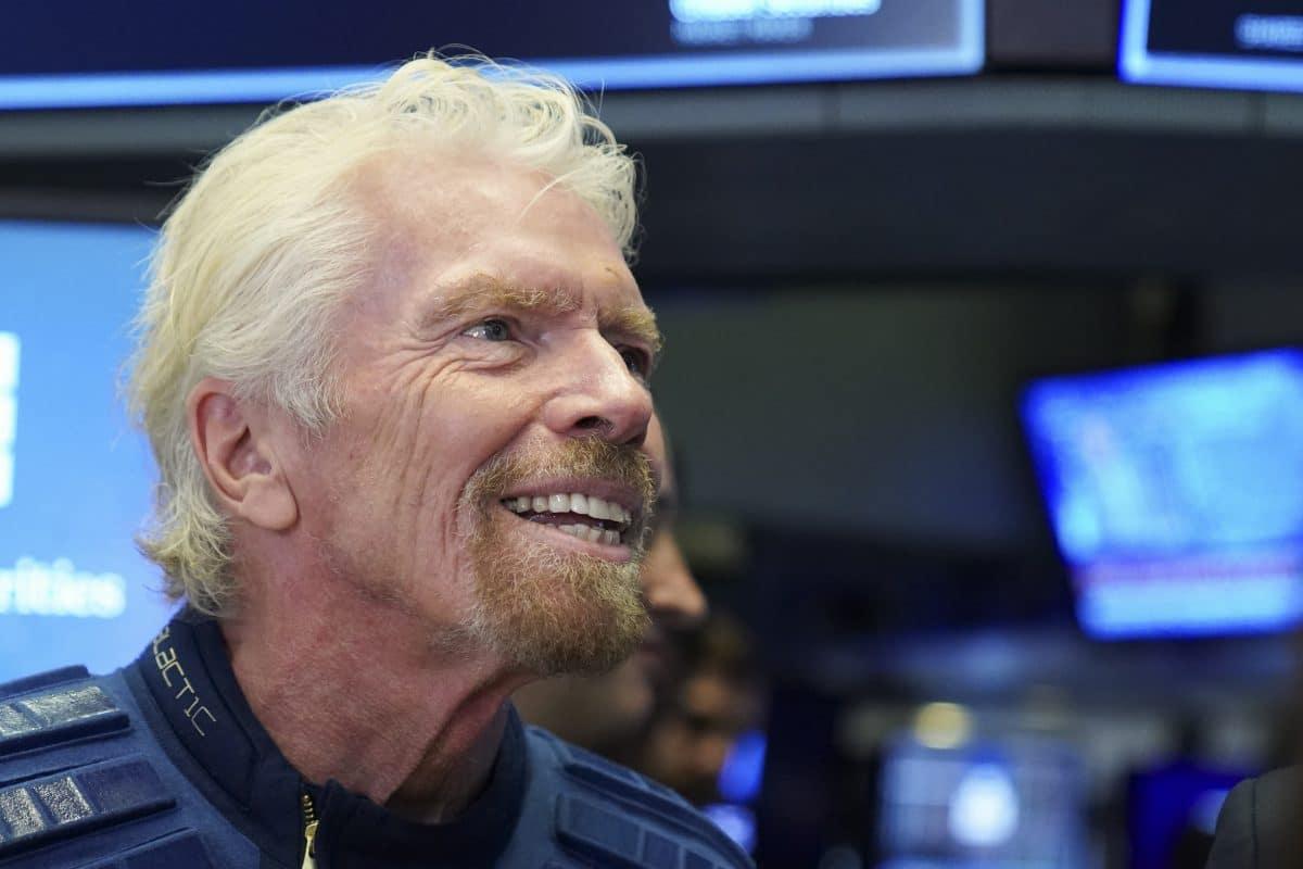 Milliardär Richard Branson nach Testflug ins All wieder sicher gelandet