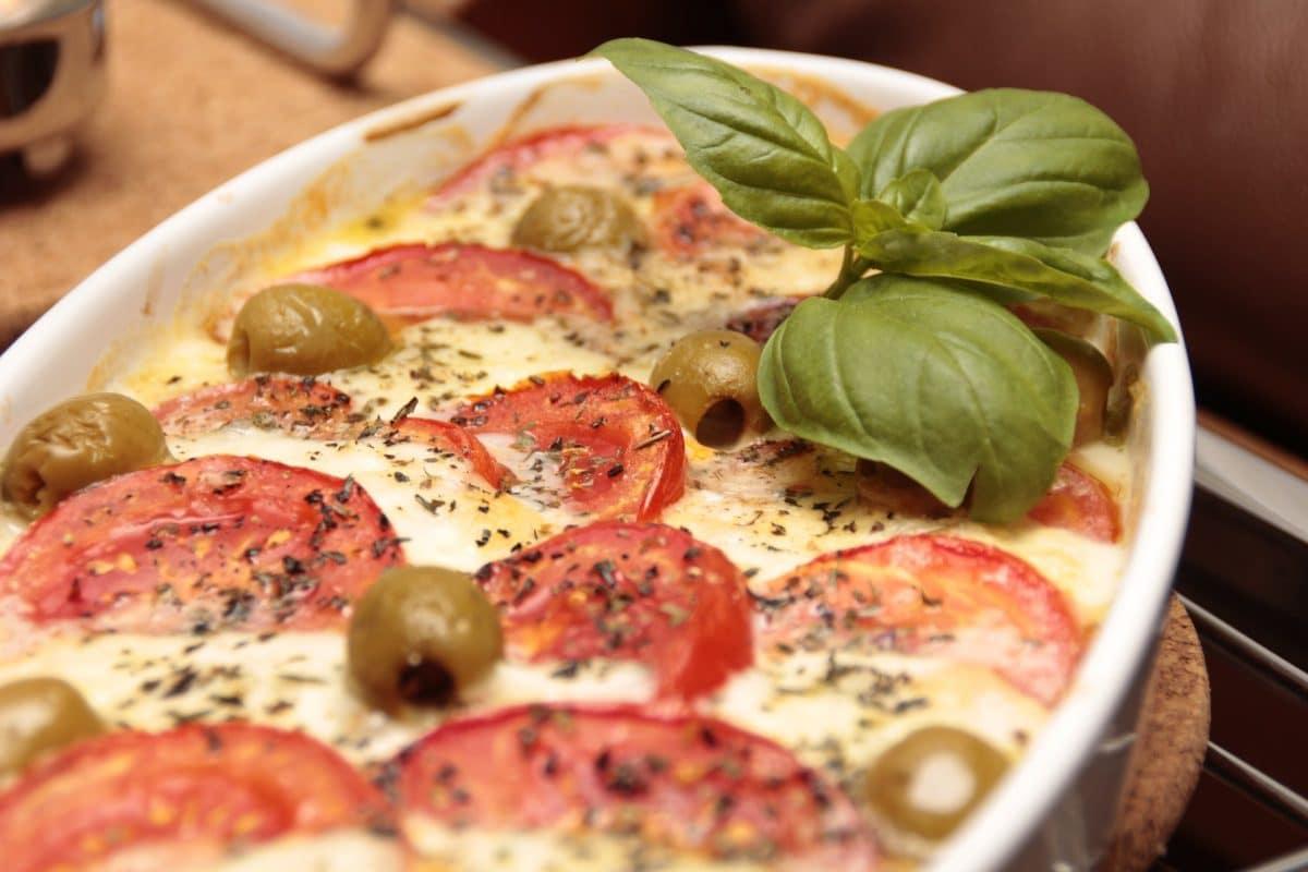 Pasta-Auflauf mit Auberginen und Mozzarella