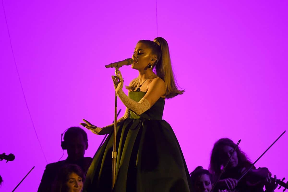 Ariana Grande singt Live-Konzert im Videospiel Fortnite