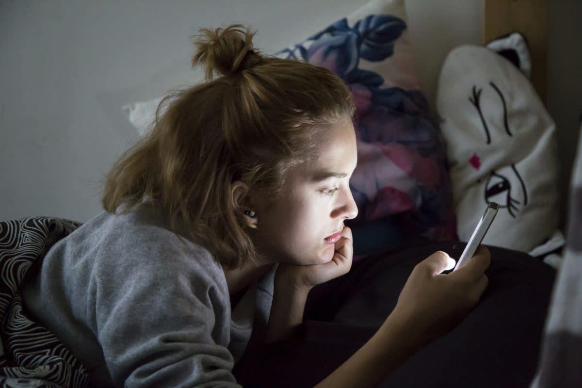 Jugendliche waren während Corona rund 70 Stunden pro Woche online
