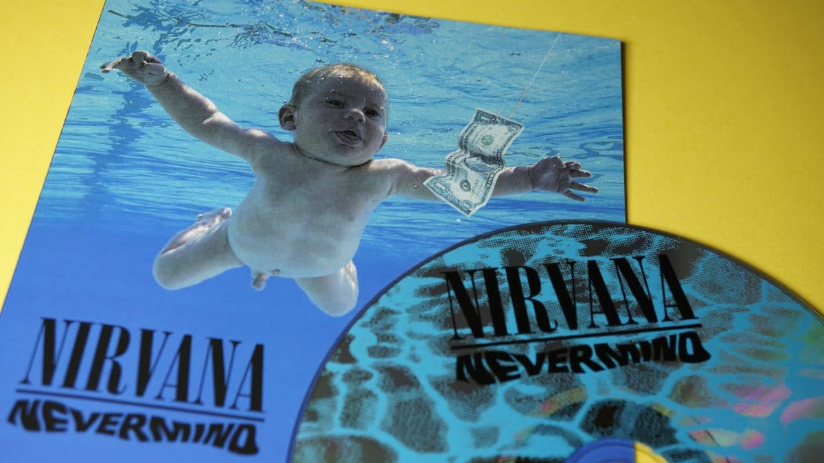 """Nirvana-Baby"" verklagt die Band wegen Kinderpornographie"