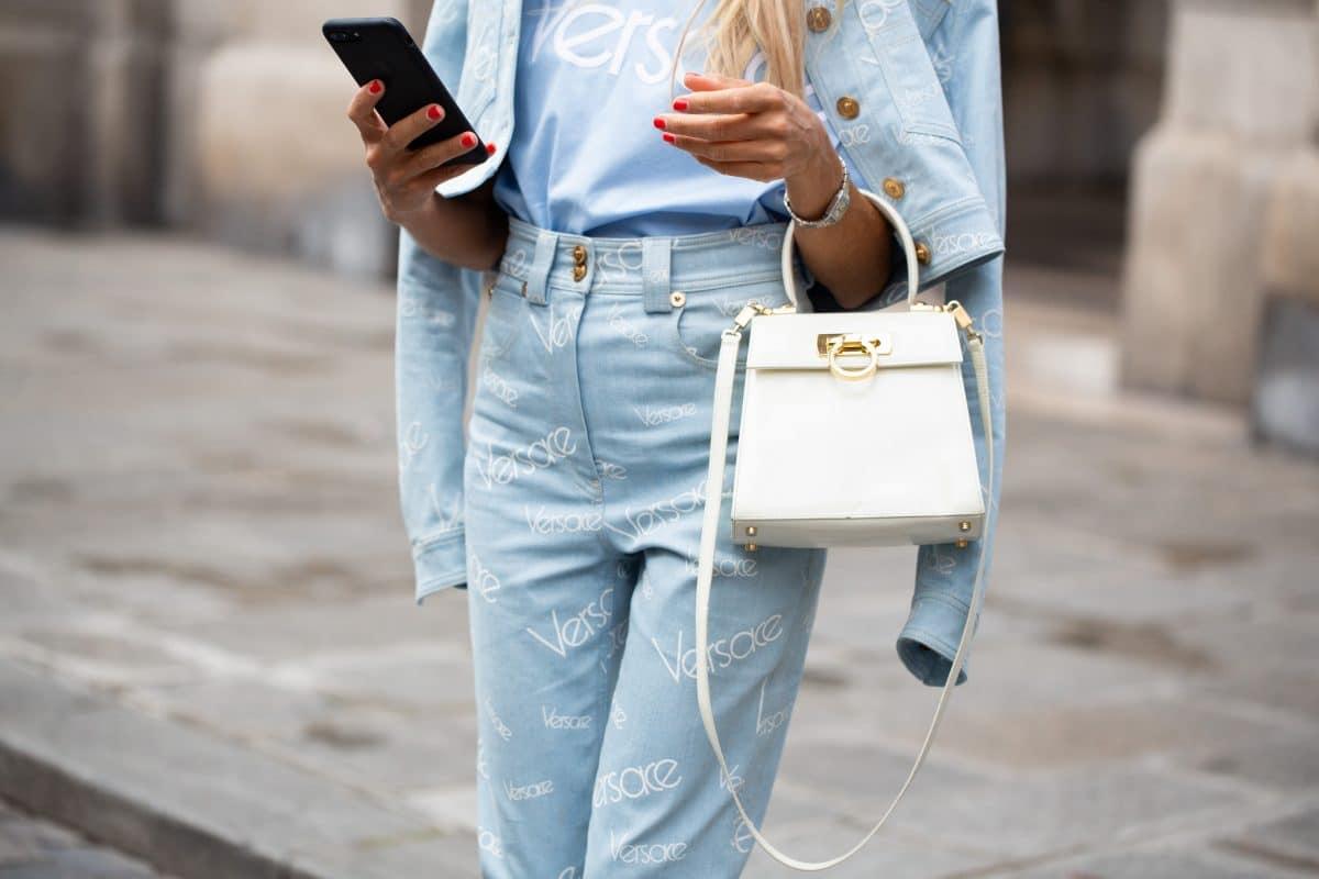 Diese 7 Essentials dürfen in keiner Fashionista-Bag fehlen