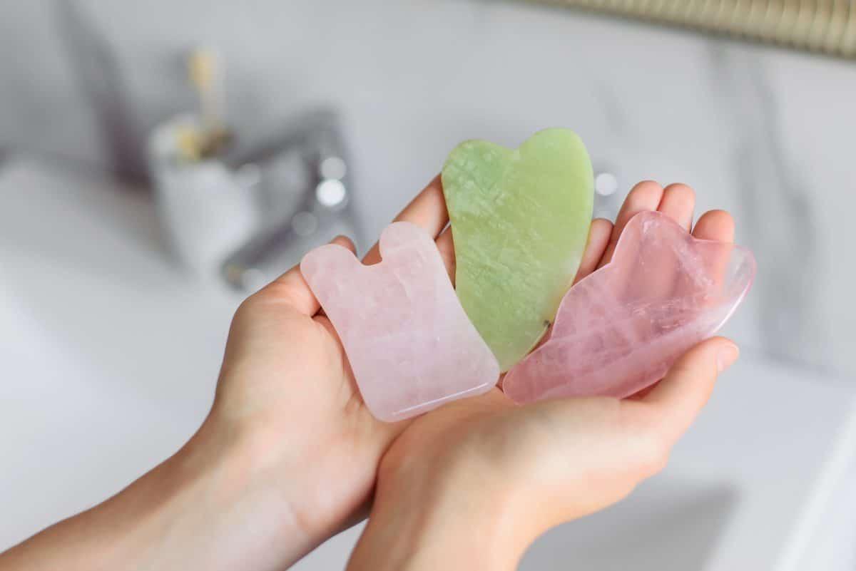 Beauty-Trend Gua Sha: Was bringt der Stein?