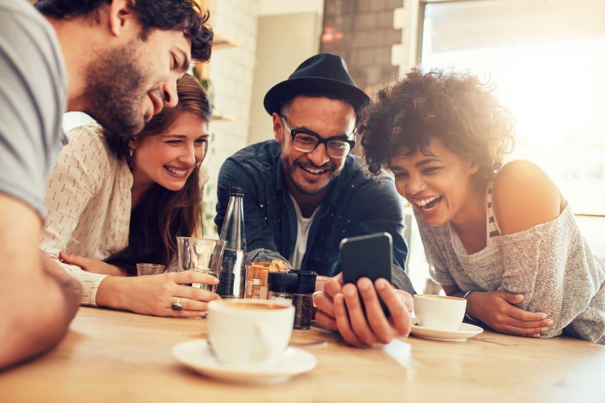 """""""Tinder für Freundschaften"""": Wiener App Xperience will Facebook Konkurrenz machen"""