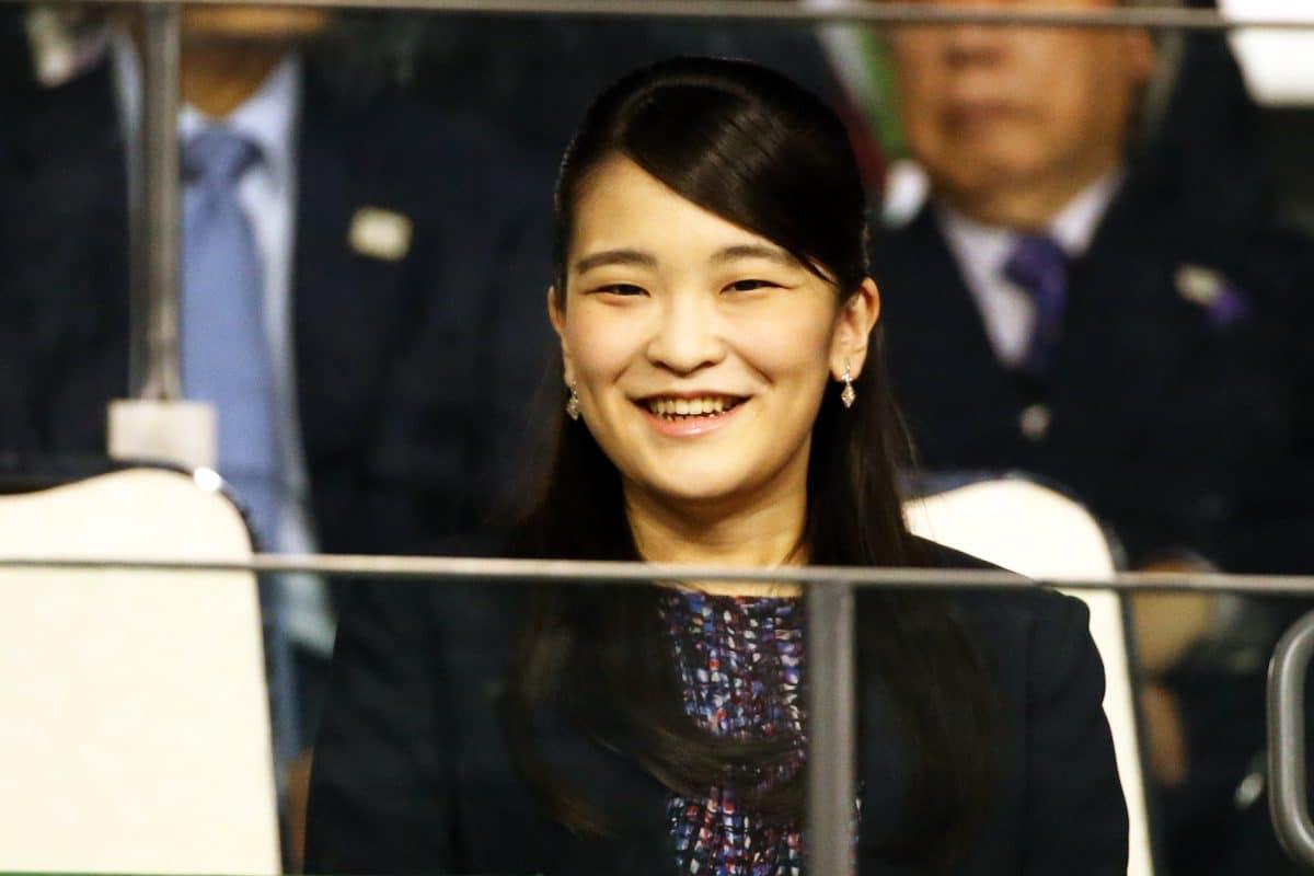 Japans Prinzessin verzichtet für die Liebe auf Kaiserhaus & Vermögen