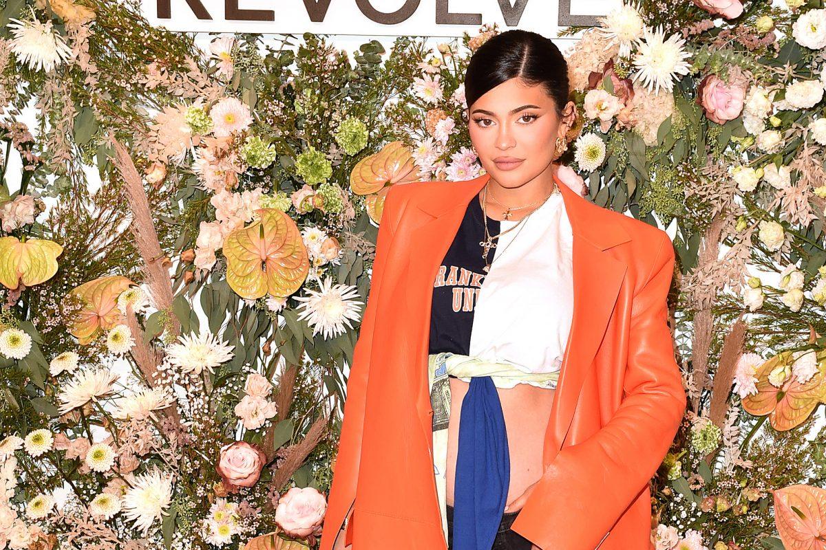So stilvoll setzt Kylie Jenner ihren Babybauch in Szene
