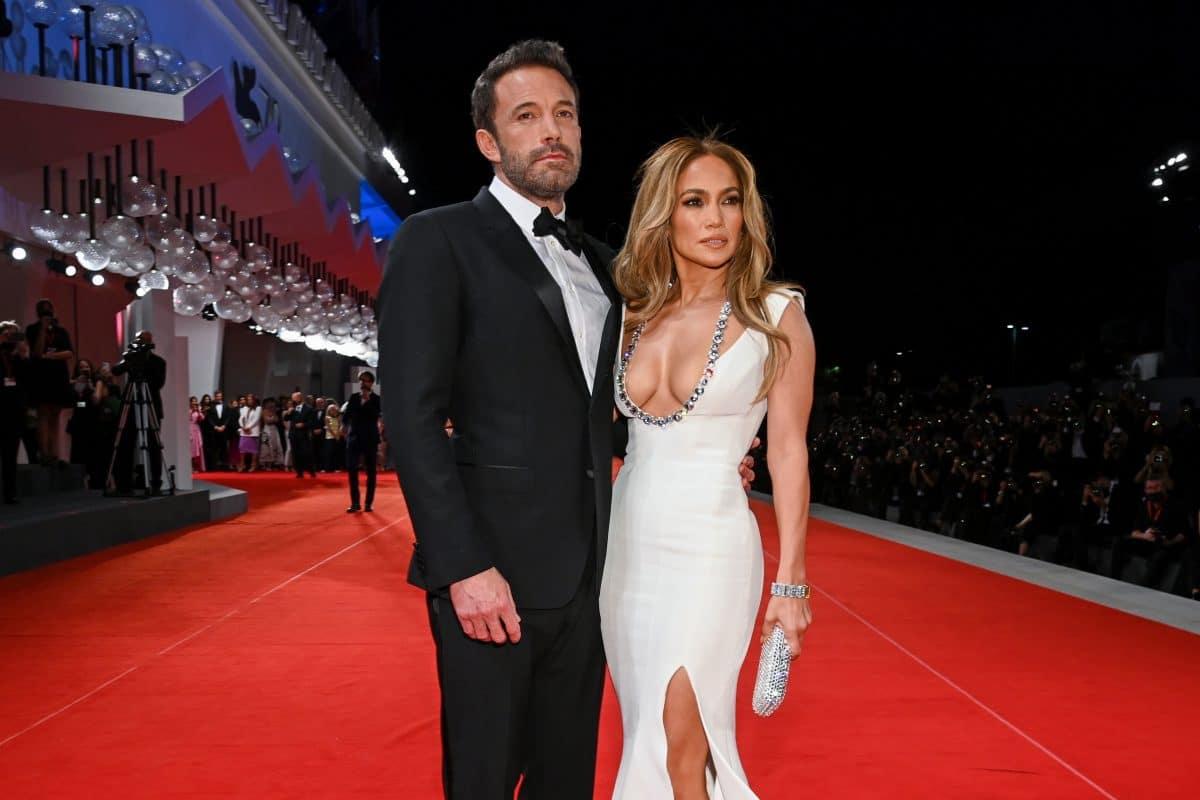 """Jennifer Lopez und Ben Affleck machen ihre Beziehung """"Red Carpet official"""""""