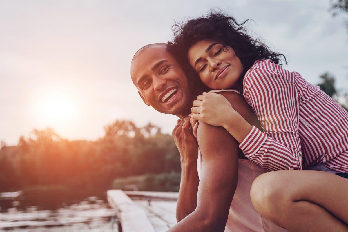 5 Gründe, warum wir uns überhaupt in jemanden verlieben