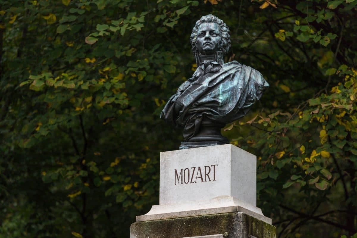 Laut neuer Studie wirkt sich Mozart positiv auf das Gehirn aus