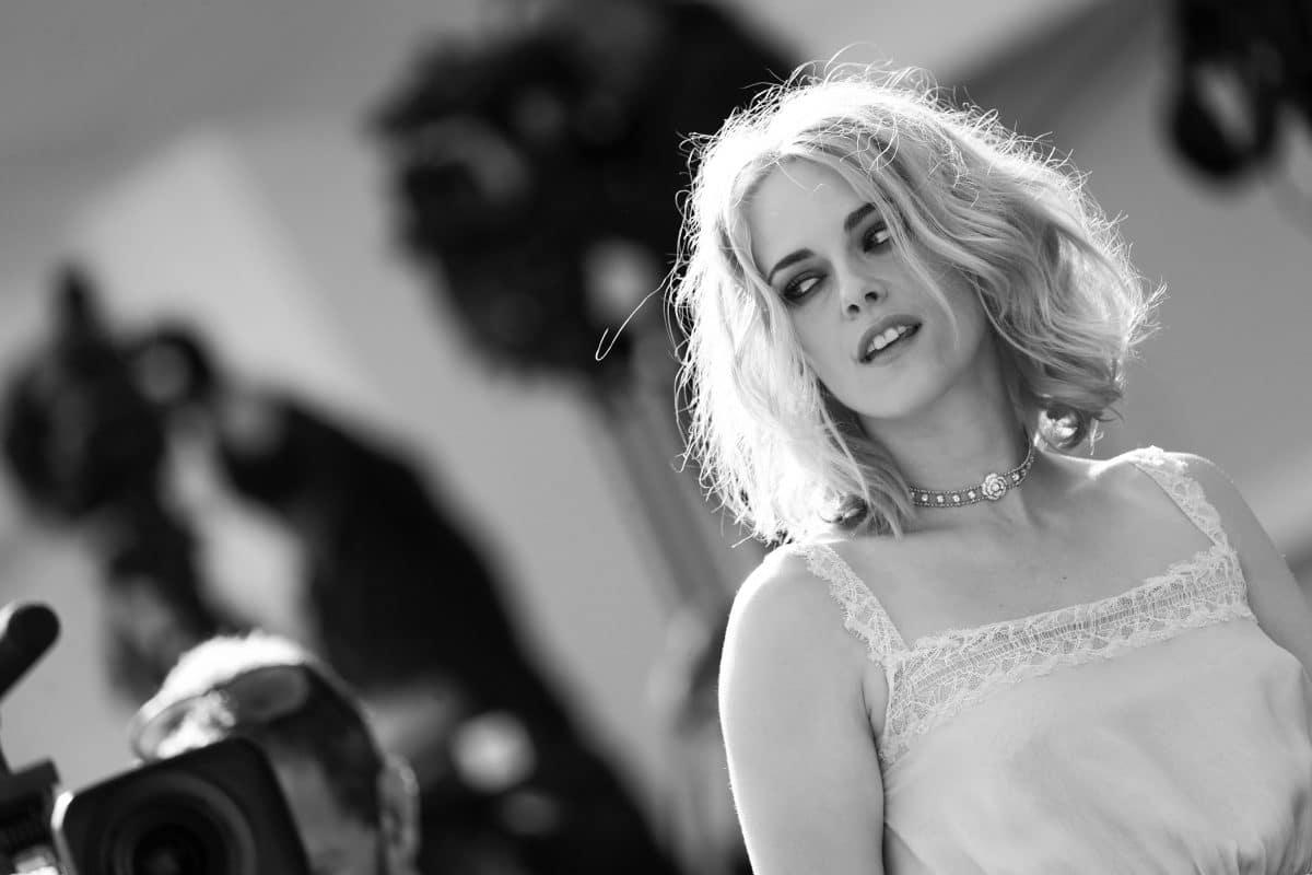 """Neuer Trailer für """"Spencer"""" zeigt Kristen Stewarts Lady Diana"""