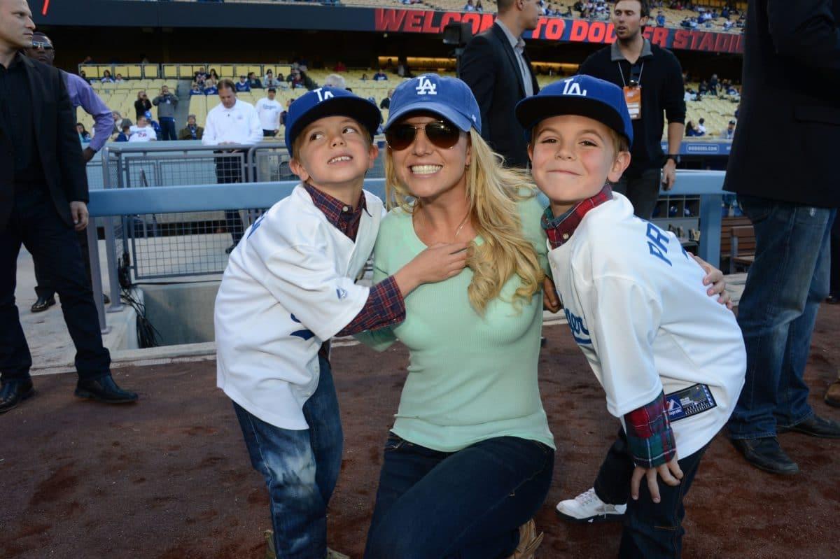 Seltene Aufnahmen: So erwachsen sind Britney Spears Söhne schon